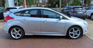 2014 Ford Focus LW MK2 MY14 Titanium Silver 6 Speed Automatic Hatchback.