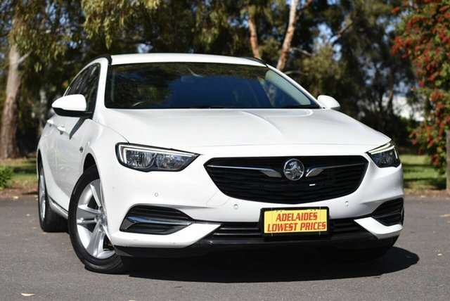 Used Holden Commodore ZB MY18 LT Sportwagon Melrose Park, 2018 Holden Commodore ZB MY18 LT Sportwagon White 8 Speed Sports Automatic Wagon