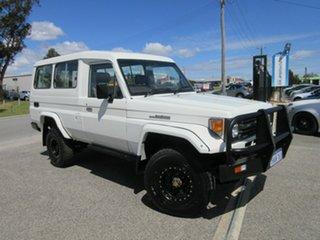 1997 Toyota Landcruiser HZJ75RV RV LWB (4x4) White 5 Speed Manual 4x4 Hardtop.