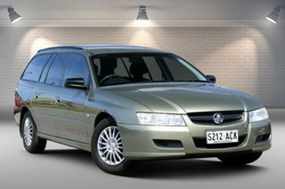 2005 Holden Commodore VZ Executive Green 4 Speed Automatic Wagon.