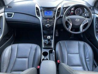 2014 Hyundai i30 GD2 MY14 Trophy White 6 Speed Manual Hatchback.