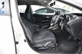 2014 Honda Civic 9th Gen MY14 VTi-S White 5 Speed Sports Automatic Hatchback