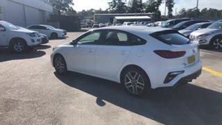 2019 Kia Cerato BD MY20 Sport White 6 Speed Sports Automatic Hatchback.