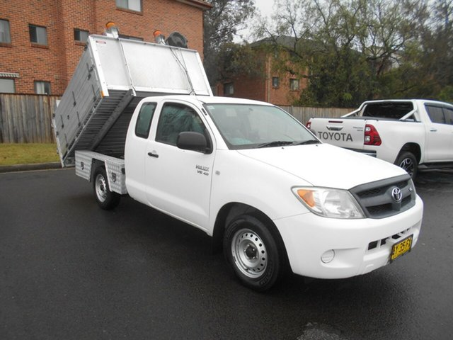 Used Toyota Hilux GGN15R 08 Upgrade SR Bankstown, 2008 Toyota Hilux GGN15R 08 Upgrade SR White 5 Speed Automatic X Cab Pickup