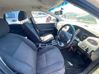 2006 Ford Focus LS CL Satin White 4 Speed Sports Automatic Hatchback