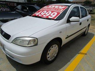 2003 Holden Astra TS MY03 City White 5 Speed Manual Sedan.