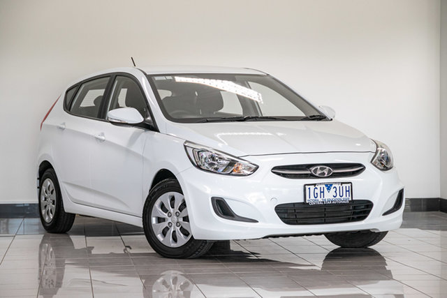Used Hyundai Accent RB3 MY16 Active , 2015 Hyundai Accent RB3 MY16 Active White 6 Speed Manual Hatchback