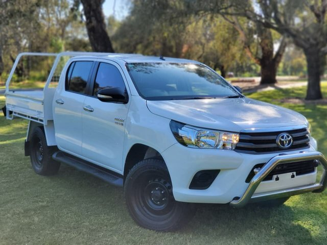 Used Toyota Hilux GUN126R SR Double Cab Wodonga, 2017 Toyota Hilux GUN126R SR Double Cab White 6 Speed Sports Automatic Cab Chassis