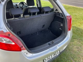 2009 Mazda 2 DE10Y1 Neo Silver 5 Speed Manual Hatchback