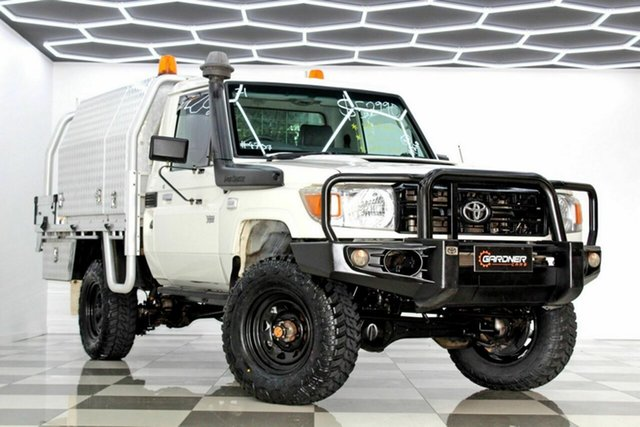 Used Toyota Landcruiser VDJ79R MY12 Update Workmate (4x4) Burleigh Heads, 2014 Toyota Landcruiser VDJ79R MY12 Update Workmate (4x4) White 5 Speed Manual Cab Chassis