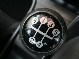 2003 Holden Astra TS MY03 City White 5 Speed Manual Sedan