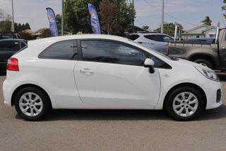 2014 Kia Rio UB MY14 SI White 6 Speed Sports Automatic Hatchback.