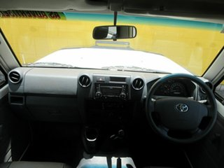 2016 Toyota Landcruiser VDJ78R White 5 Speed Manual Troop Carrier