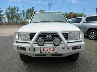 1999 Toyota Landcruiser HZJ105R GXL White 5 Speed Manual Wagon.