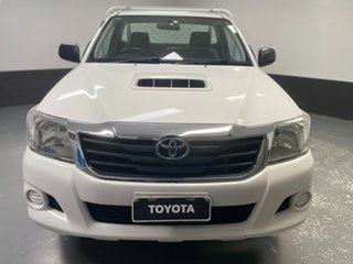 2012 Toyota Hilux KUN16R MY12 SR 4x2 White 5 Speed Manual Cab Chassis.