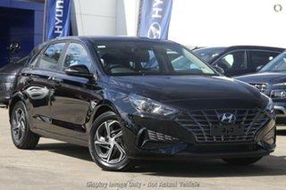 2021 Hyundai i30 PD.V4 MY22 Phantom Black 6 Speed Sports Automatic Hatchback