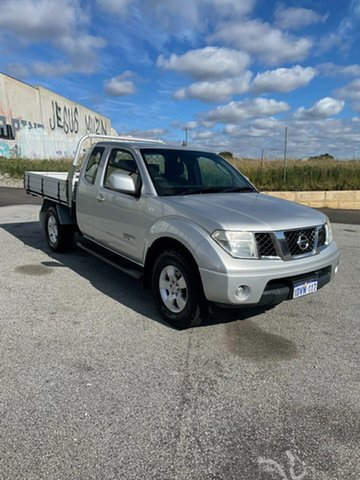 Used Nissan Navara D40 ST-X (4x4) Wangara, 2012 Nissan Navara D40 ST-X (4x4) Silver 5 Speed Automatic King Cab Chassis