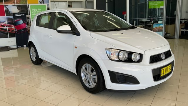 Used Holden Barina TM MY16 CD Cardiff, 2016 Holden Barina TM MY16 CD White 6 Speed Automatic Hatchback