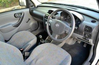 2005 Holden Combo XC MY05 White 5 Speed Manual Van