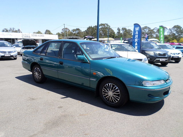 Used Holden Commodore VR Acclaim Capalaba, 1995 Holden Commodore VR Acclaim Green Automatic Sedan