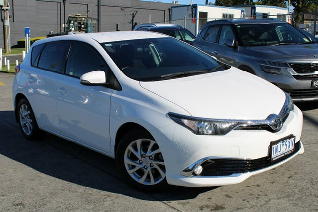 Used Toyota Corolla ZRE182R Ascent Sport S-CVT Ferntree Gully, 2015 Toyota Corolla ZRE182R Ascent Sport S-CVT White 7 Speed Constant Variable Hatchback