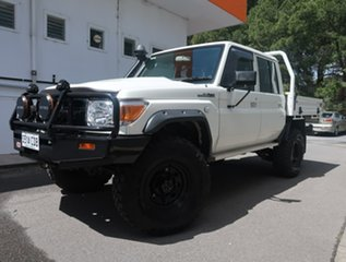 2019 Toyota Landcruiser VDJ79R Workmate Double Cab White 5 Speed Manual Cab Chassis.