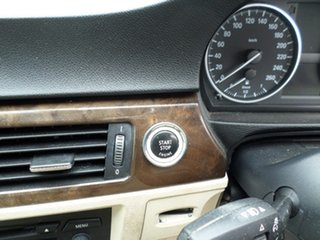 2009 BMW 320d Blue Automatic Coupe.