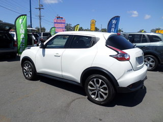 2016 Nissan Juke ST White Manual Hatchback