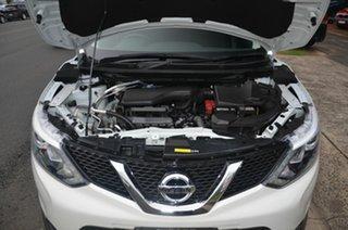 2014 Nissan Qashqai J11 ST White Continuous Variable Wagon