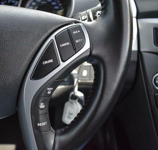 Used Hyundai Elantra MD3 SE Ingle Farm, 2015 Hyundai Elantra MD3 SE White 6 Speed Sports Automatic Sedan