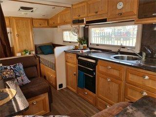 2015 JB Scorpion Caravan