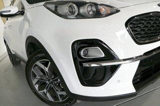 2018 Kia Sportage QL MY18 AO Edition 2WD Clear White & Wheat Silver 6 Speed Sports Automatic Wagon.