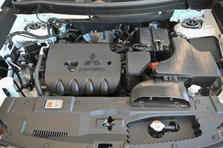 2017 Mitsubishi Outlander ZK MY17 LS 2WD White 5 Speed Manual Wagon
