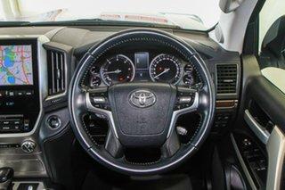 2018 Toyota Landcruiser VDJ200R MY16 VX (4x4) Silver Pearl 6 Speed Automatic Wagon