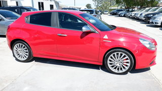 2013 Alfa Romeo Giulietta Series 0 MY12 Distinctive Red 6 Speed Manual Hatchback