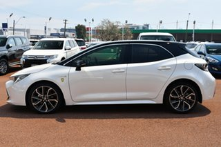2019 Toyota Corolla ZWE211R ZR E-CVT Hybrid White /black Roof 10 Speed Constant Variable Hatchback.
