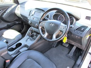 2014 Hyundai ix35 LM3 MY14 Trophy White 6 Speed Sports Automatic Wagon.