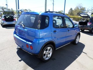 2004 Holden Cruze Blue Automatic Wagon.