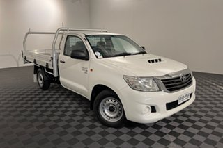 2015 Toyota Hilux KUN16R MY14 SR 4x2 White 5 speed Manual Cab Chassis.