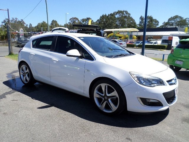 Used Opel Astra Sport Capalaba, 2012 Opel Astra Sport White Manual Hatchback
