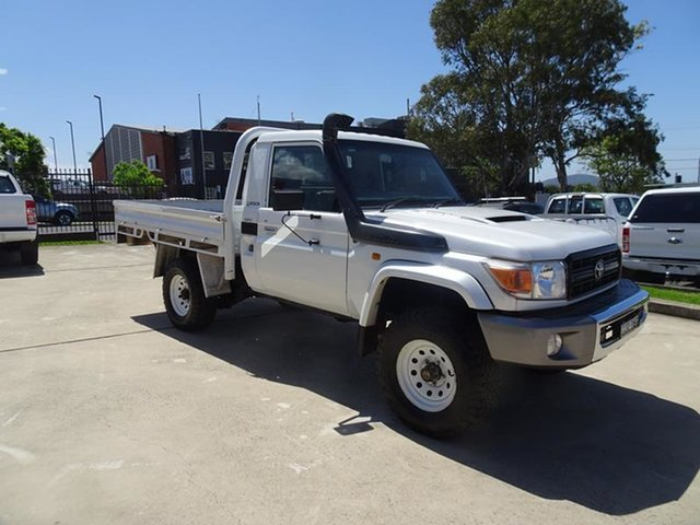 Used Toyota Landcruiser VDJ79R MY10 GX Nowra, 2012 Toyota Landcruiser VDJ79R MY10 GX White 5 Speed Manual Cab Chassis