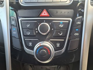 2015 Hyundai i30 GD3 Series II MY16 Active X Blue 6 Speed Sports Automatic Hatchback