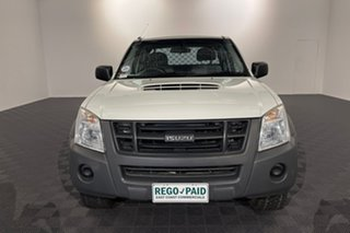 2012 Isuzu D-MAX MY11 SX Space Cab White 5 speed Manual Cab Chassis.