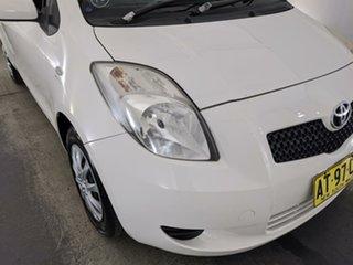 2007 Toyota Yaris NCP90R YR White 5 Speed Manual Hatchback.