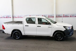 2017 Toyota Hilux TGN121R MY17 Workmate Glacier White 6 Speed Automatic Dual Cab Utility