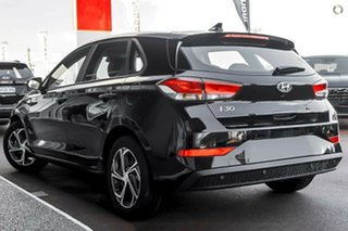 2021 Hyundai i30 PD.V4 MY22 Active Phantom Black 6 Speed Sports Automatic Hatchback.
