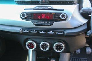 2013 Alfa Romeo Giulietta Series 0 MY13 Progression Black 6 Speed Manual Hatchback.