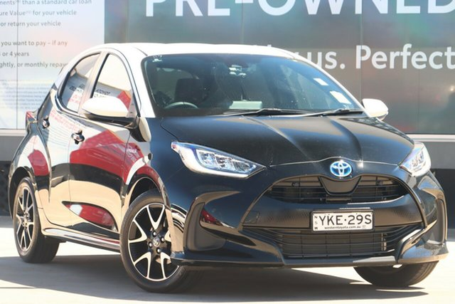Pre-Owned Toyota Yaris Mxph10R ZR Hybrid Guildford, 2020 Toyota Yaris Mxph10R ZR Hybrid White Roof W/ebony 1 Speed Constant Variable Hatchback