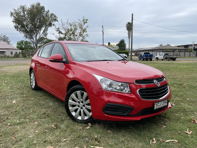 Used Holden Cruze JH Series II MY15 Equipe Moree, 2015 Holden Cruze JH Series II MY15 Equipe Red 6 Speed Sports Automatic Hatchback