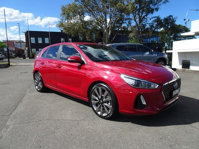 Used Hyundai i30 PD MY18 SR D-CT Nowra, 2017 Hyundai i30 PD MY18 SR D-CT Fiery Red 7 Speed Automatic Hatchback